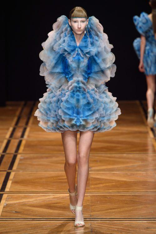 Iris Van Herpen Alta Costura Primavera-Verano 2019 - vogue.com