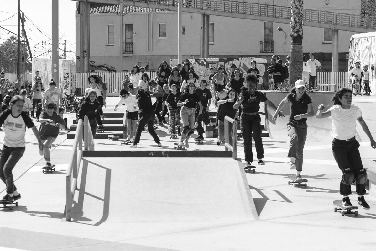 skate anowboarding mujer